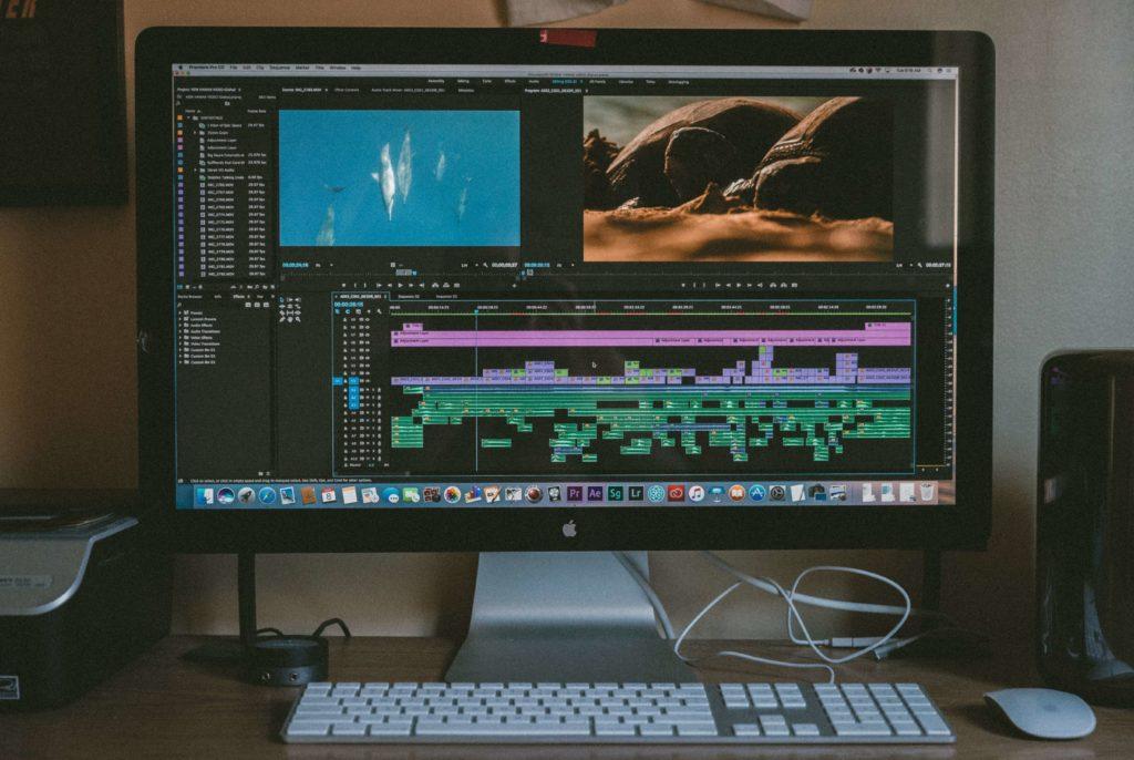 story for brands stratégie de contenus contenus entreprise ordinateur codes de l'entertainment montage